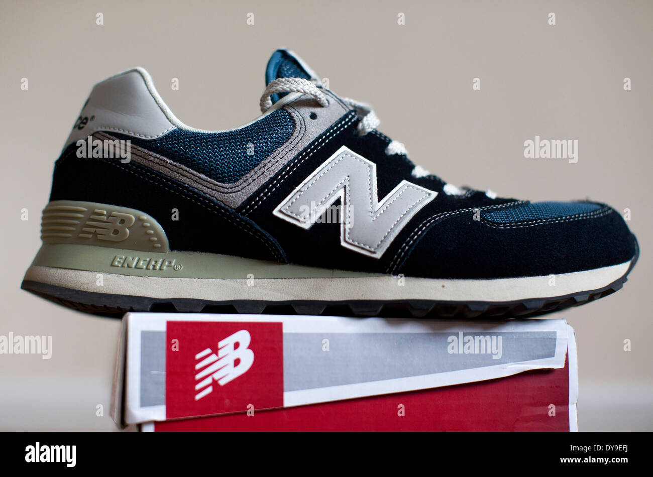 Sports Shoe Box Immagini & Sports Shoe Box Fotos Stock Alamy