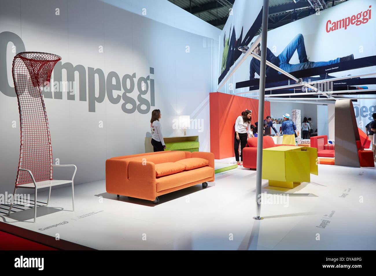 Campeggi stand durante il Salone del Mobile, Salone Internazionale ...