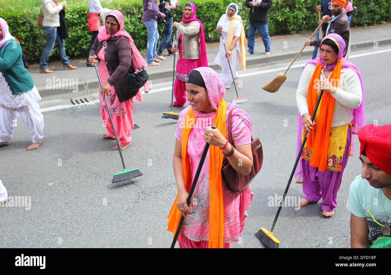 San Giovanni Valdarno, Toscana, Italia - 13 April, 2013. nagarkirtan, indiano processione religiosa ha celebrato Foto Stock