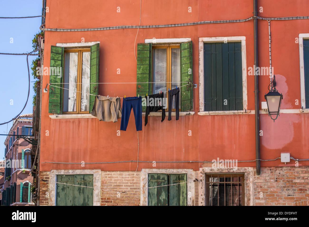 Uno scorcio della vita quotidiana a Venezia. Immagini Stock