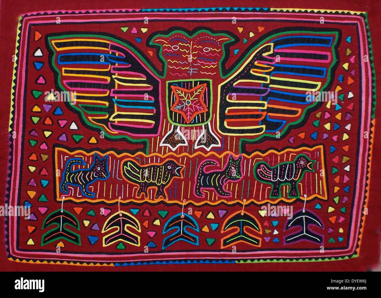 Mola da tessili Kuna artista indiano Immagini Stock 80febfb619fc
