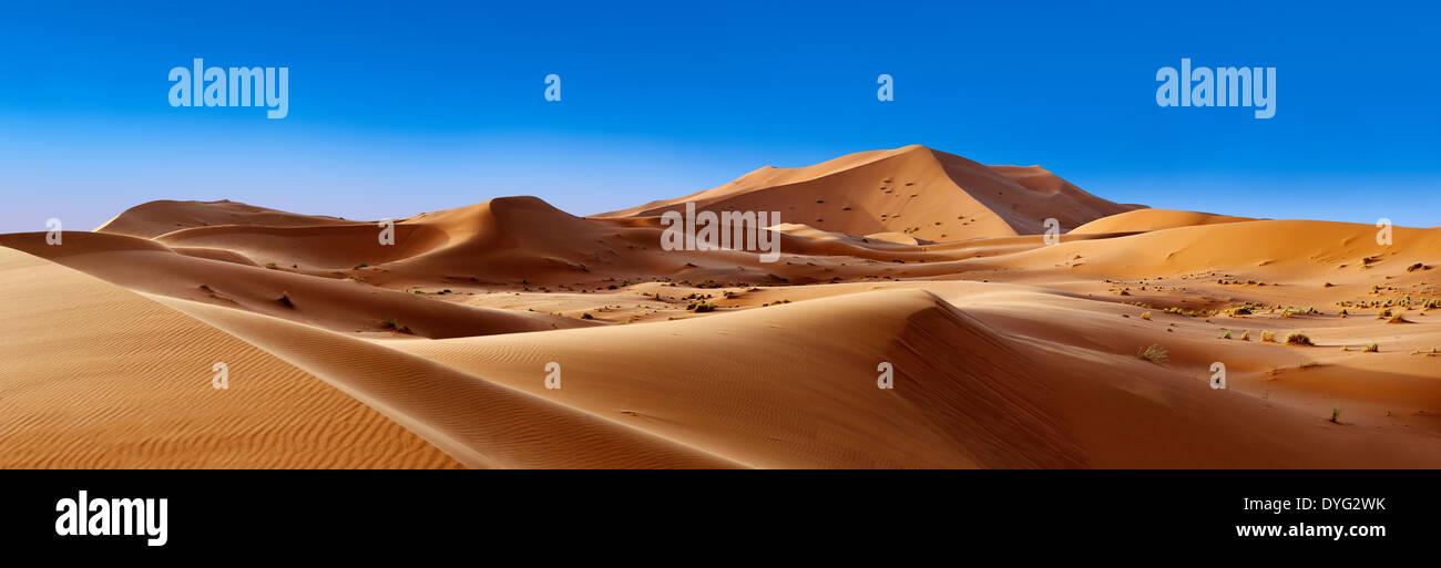 Sahara dune di sabbia di Erg Chebbi Marocco Immagini Stock