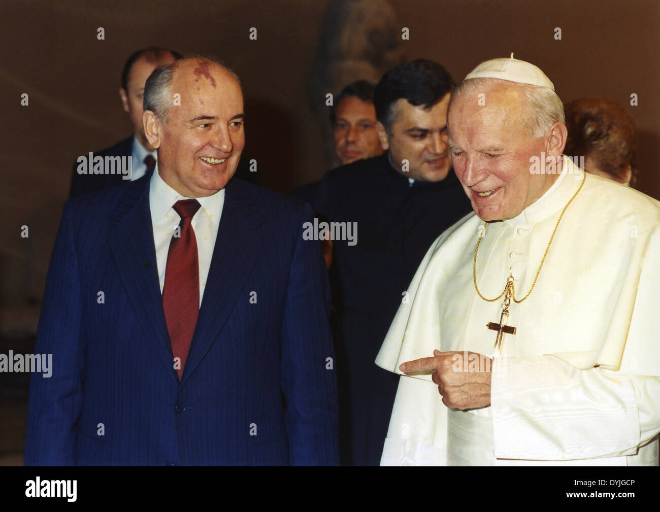 Il 1° dicembre 1989, tre settimane dopo la caduta del muro di Berlino, non vi è stato lo storico incontro tra Papa Giovanni Paolo II e a Mikhail Gorbaciov Immagini Stock