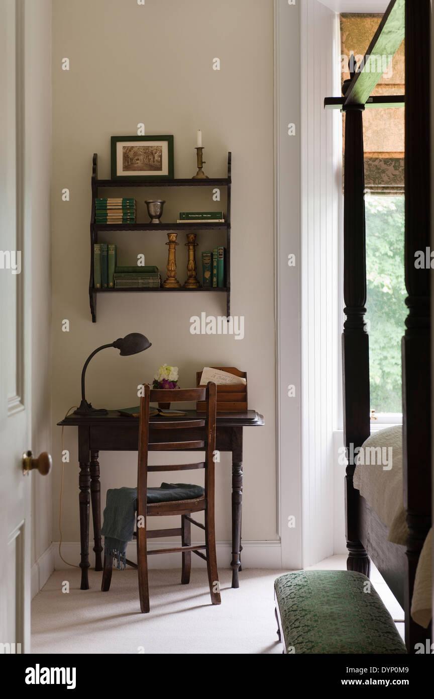 Scrivanie da camera da letto free camerette a soppalco con scrivania e armadio con camera da - Scrivanie da camera ...