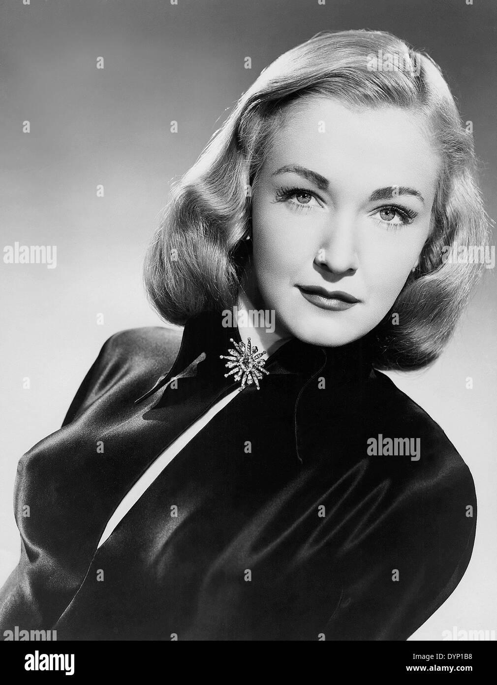 NINA FOCH (1924-2008) Dutch-American attrice cinematografica nel 1949 film Johnny Allegro Immagini Stock