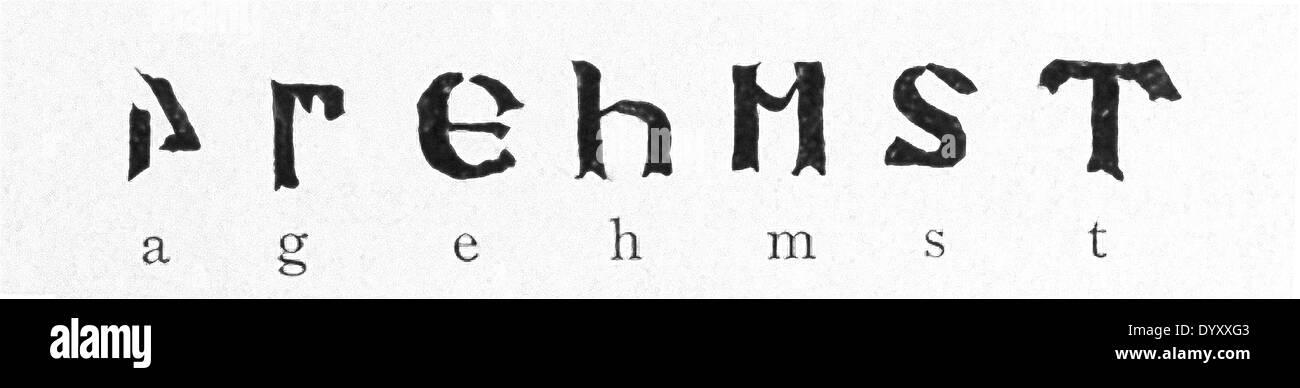 Nel quarto secolo D.C., un vescovo cristiano e missionario Ulfilas denominato sviluppato un alfabeto utilizzato per il linguaggio gotico. Immagini Stock