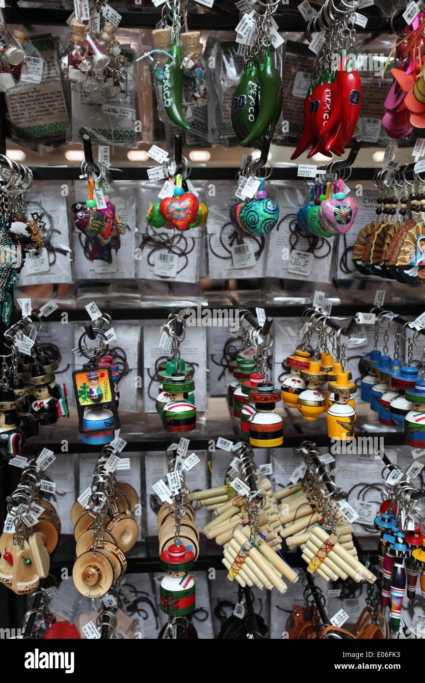 Portachiavi in vendita in un negozio a Cancun, Messico Immagini Stock