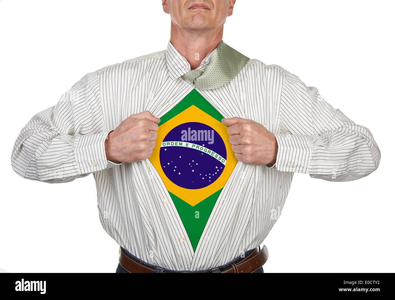 Imprenditore che mostra un supereroe suit sotto la sua tuta, tracciato di ritaglio per fustellato t-shirt Immagini Stock