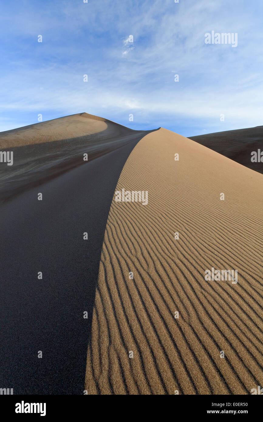 Le dune e le ondulazioni, Grande dune sabbiose del Parco Nazionale e preservare, Colorado, STATI UNITI D'AMERICA Immagini Stock
