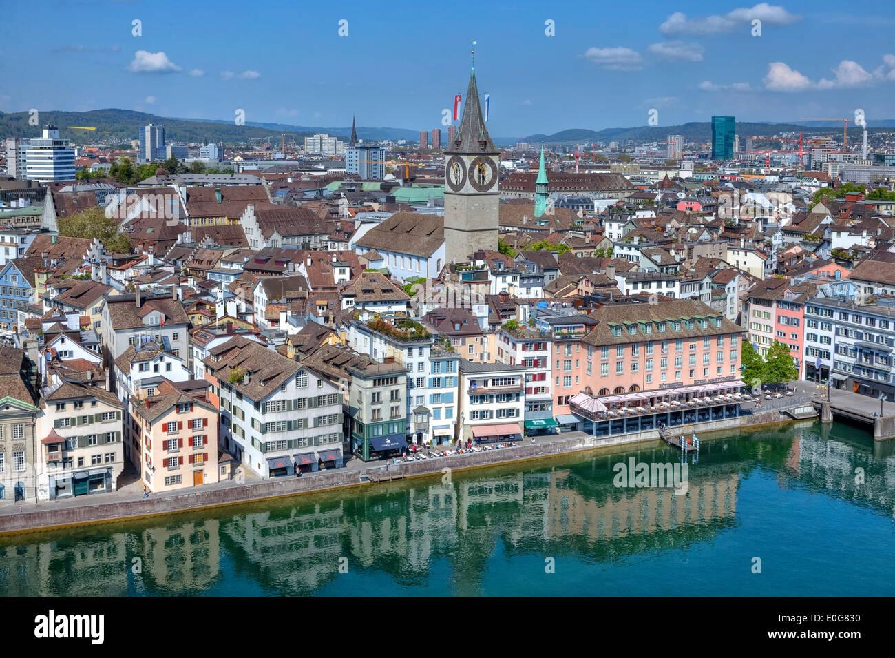 Zurigo, San Pietro, chiesa, Wuehre, Limmat, Svizzera Immagini Stock