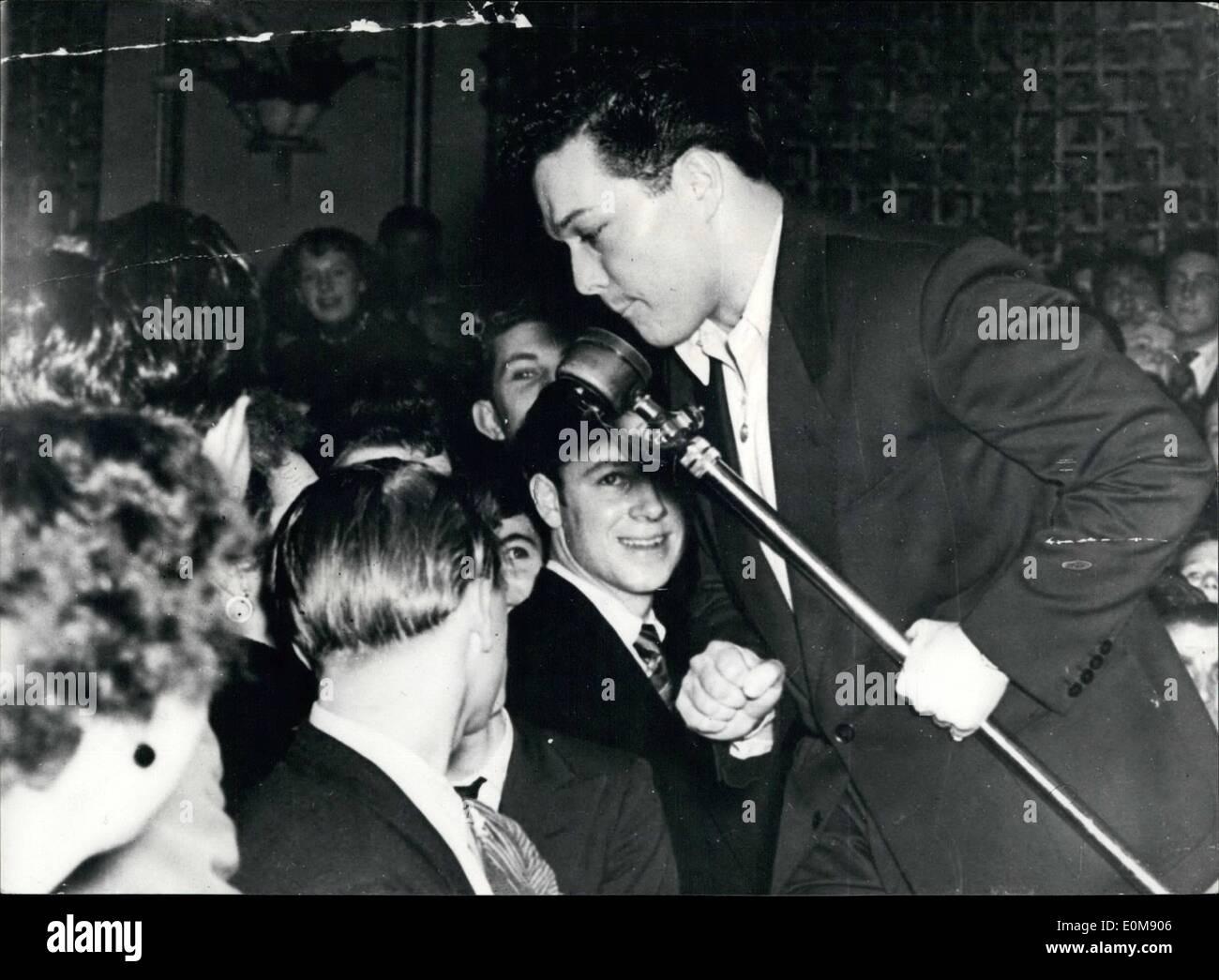 Febbraio 02, 1954 - adolescenti a una sessione di oscillazione.: in British sale da ballo, dove sessioni di jazz Foto Stock