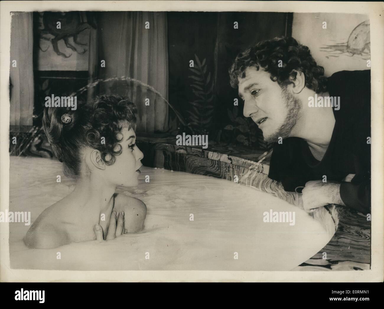 Vasca Da Bagno Litri : Jan brigitte bardot ha una vasca da bagno in litri