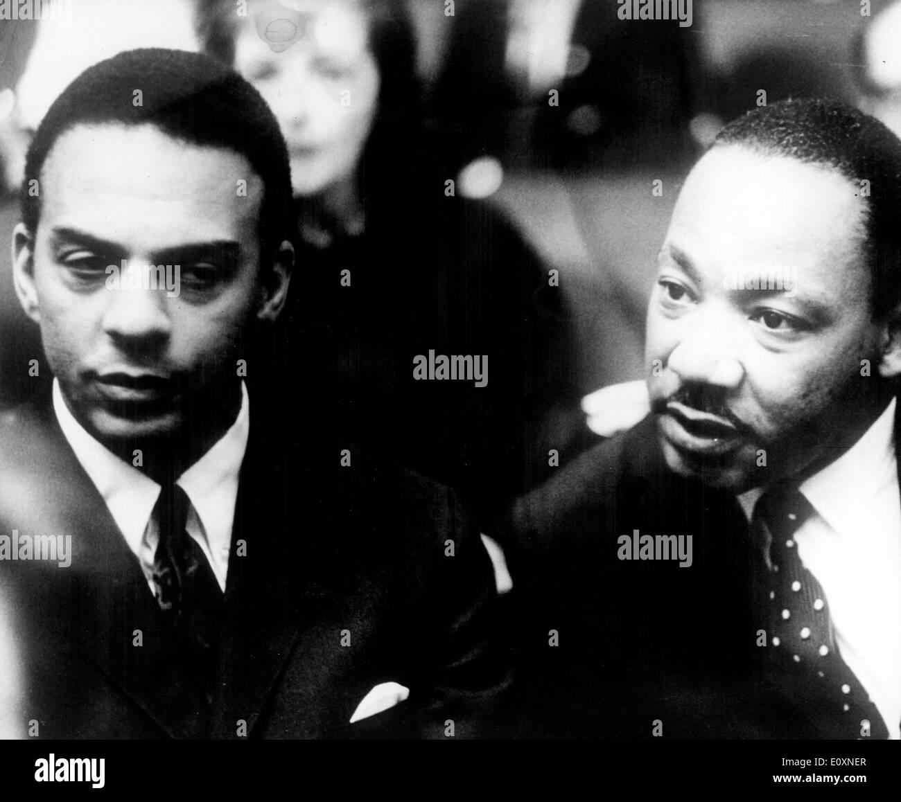 """Martin Luther King Jr. presso la """" Pacem in terris """" Conferenza di Pace Foto Stock"""