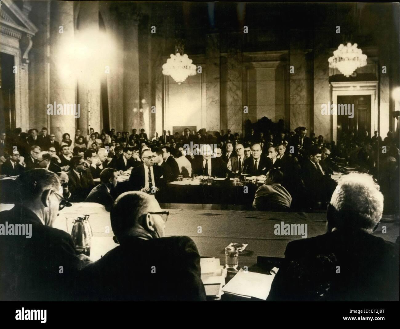 Febbraio 24, 2012 - Relazioni estere udienza a Washington; vista generale del Senato Caucus room come Setary di stato Dean Rusk, Immagini Stock