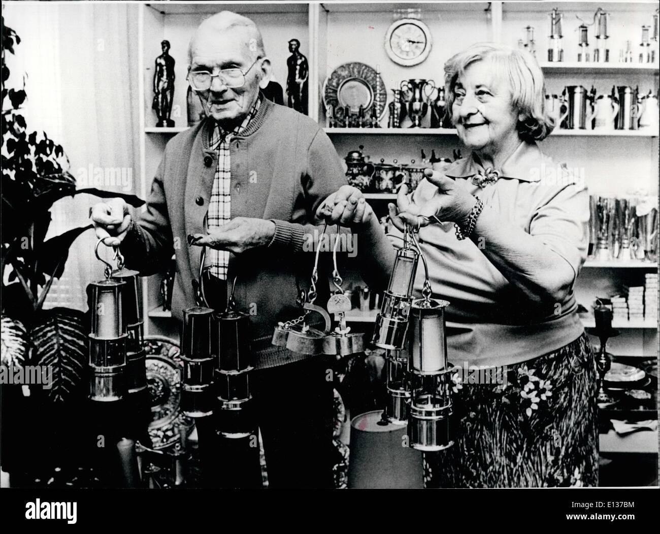 Febbraio 29, 2012 - Willy Schwalbe e la sua collezione di minatore della lampade ''Send tutti circa la sua attività'': Foto Stock