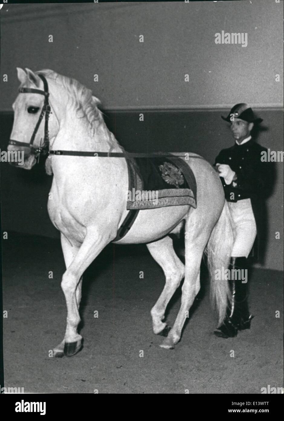 27 mar 2012 - La scuola di equitazione spagnola di Vienna. Immagini Stock