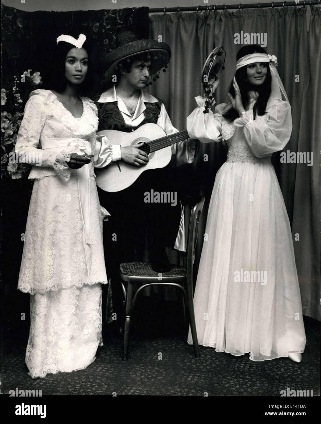 Vestiti Da Sposa Zingara.Mar 31 2012 Gypsy Senorita Gamma Di Abiti Da Sposa Da Giovani