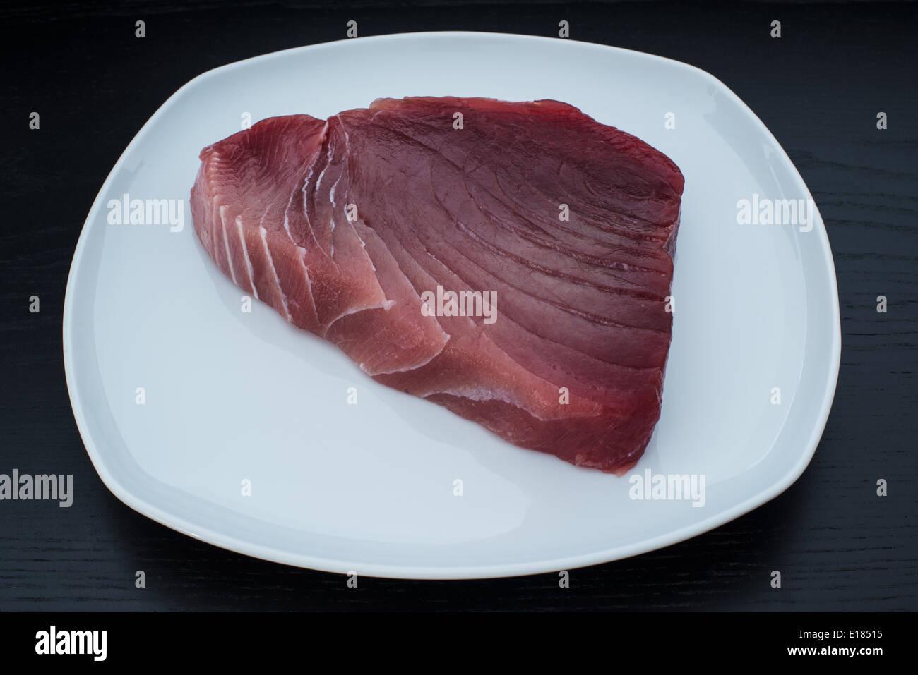 Grandi e fresche Materie tonno albacora bistecca Immagini Stock