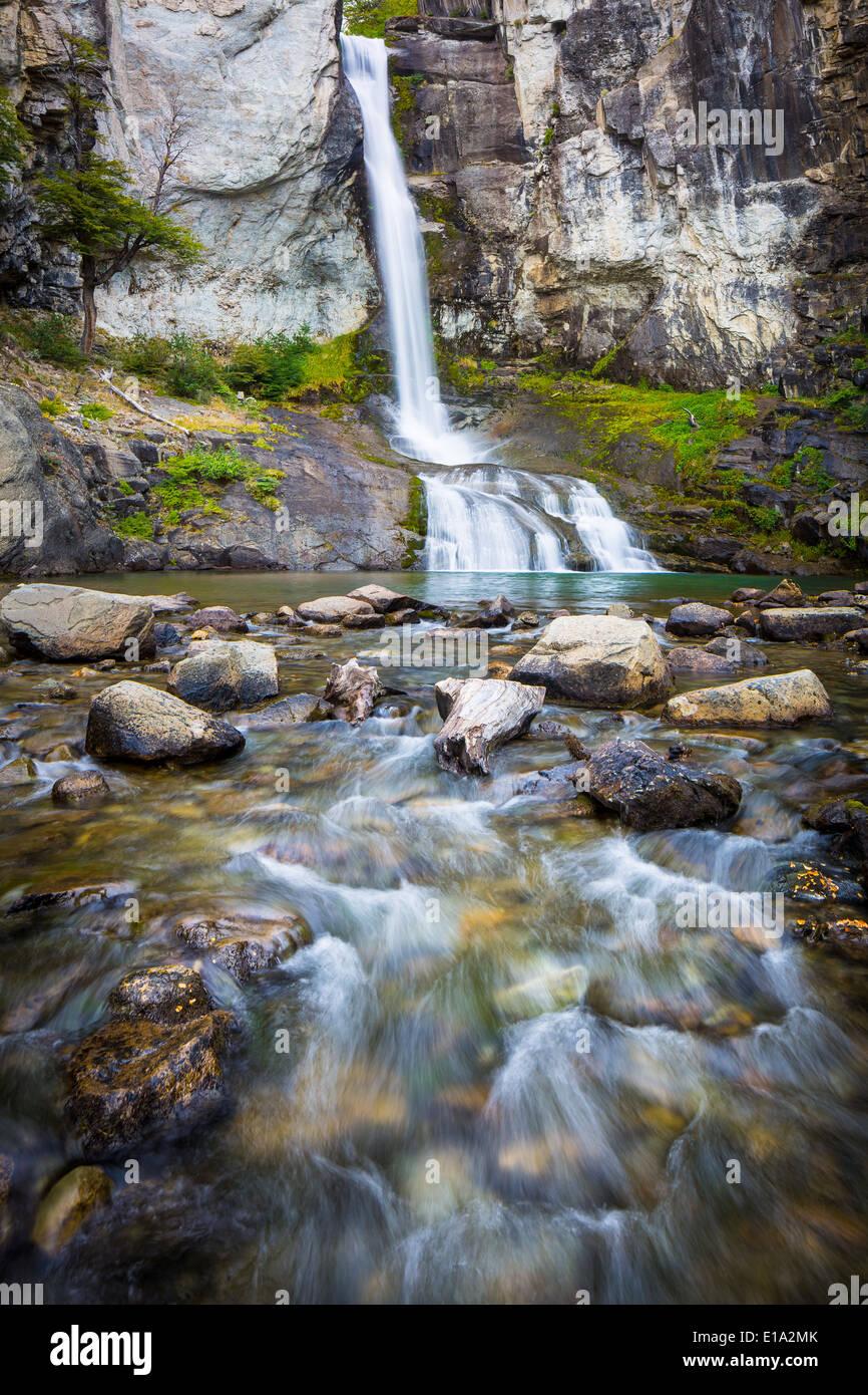 El Chorillo del Salto cascata vicino a El Chalten in parte argentino della Patagonia Immagini Stock