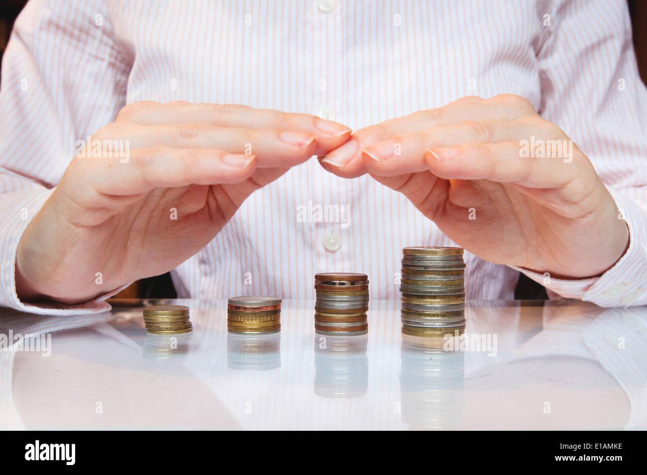 Banca di investimento, salva la crescita e il concetto di denaro Immagini Stock