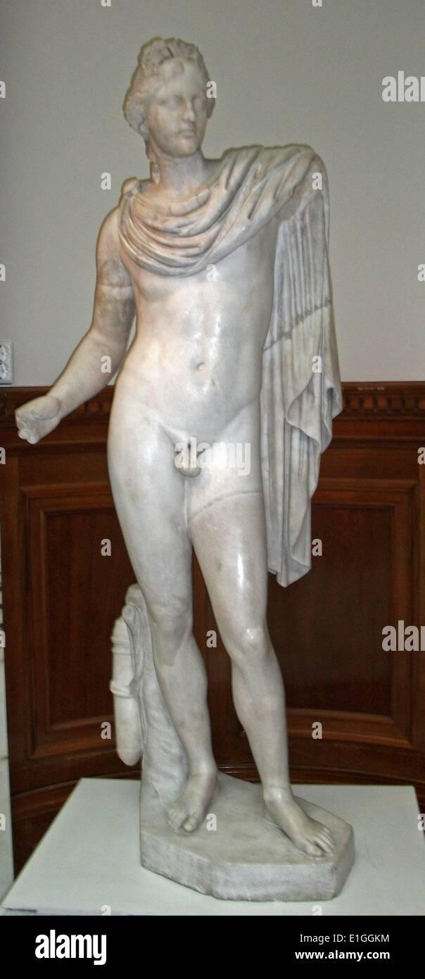 Appollon Saurktonos (Appollo la lucertola Killer), copia romana della scultura greca da Prxilteles. 100ANNUNCIO Immagini Stock