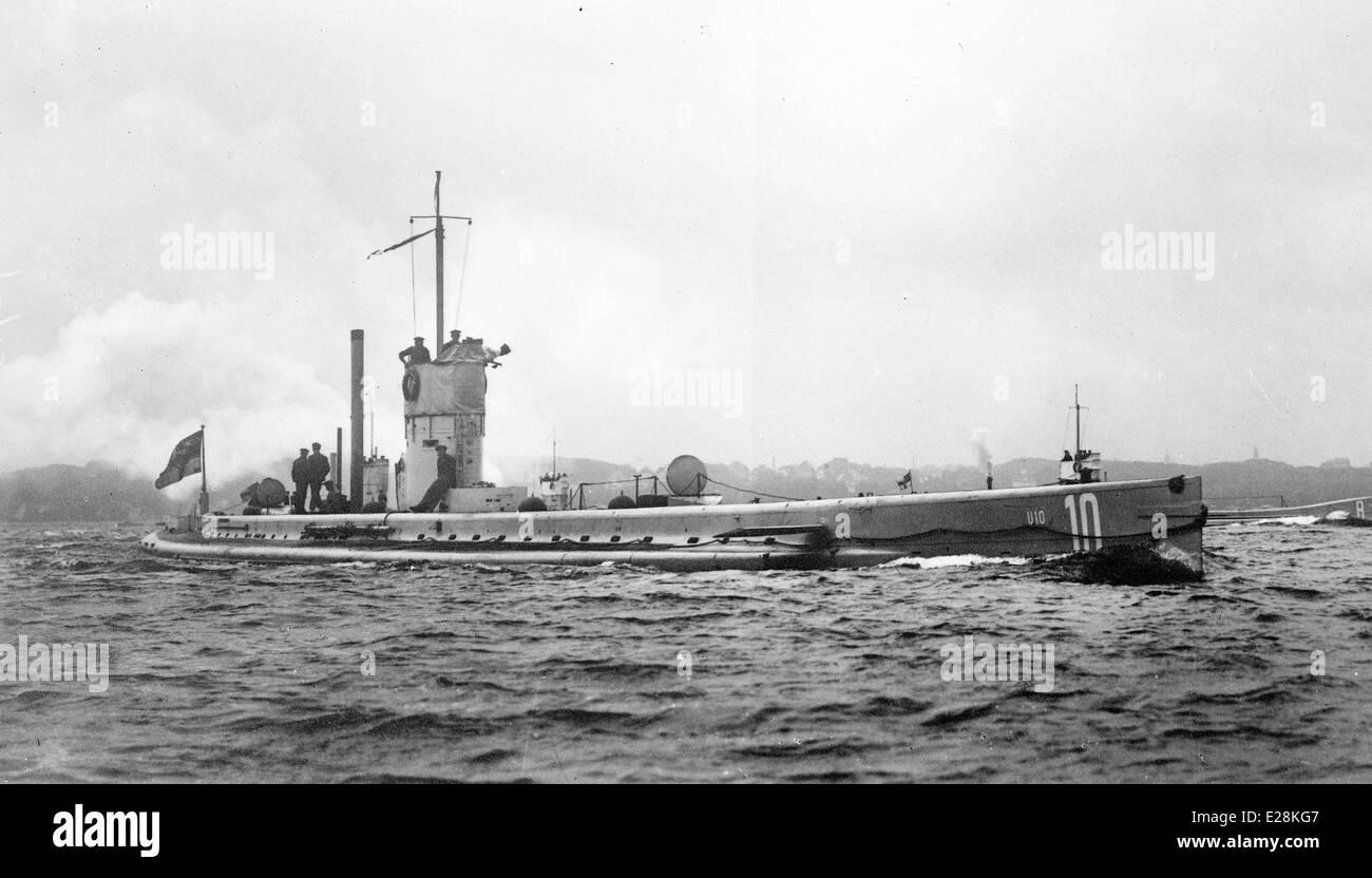 Il tedesco U-10 sommergibile che è servito nella guerra mondiale I Immagini Stock