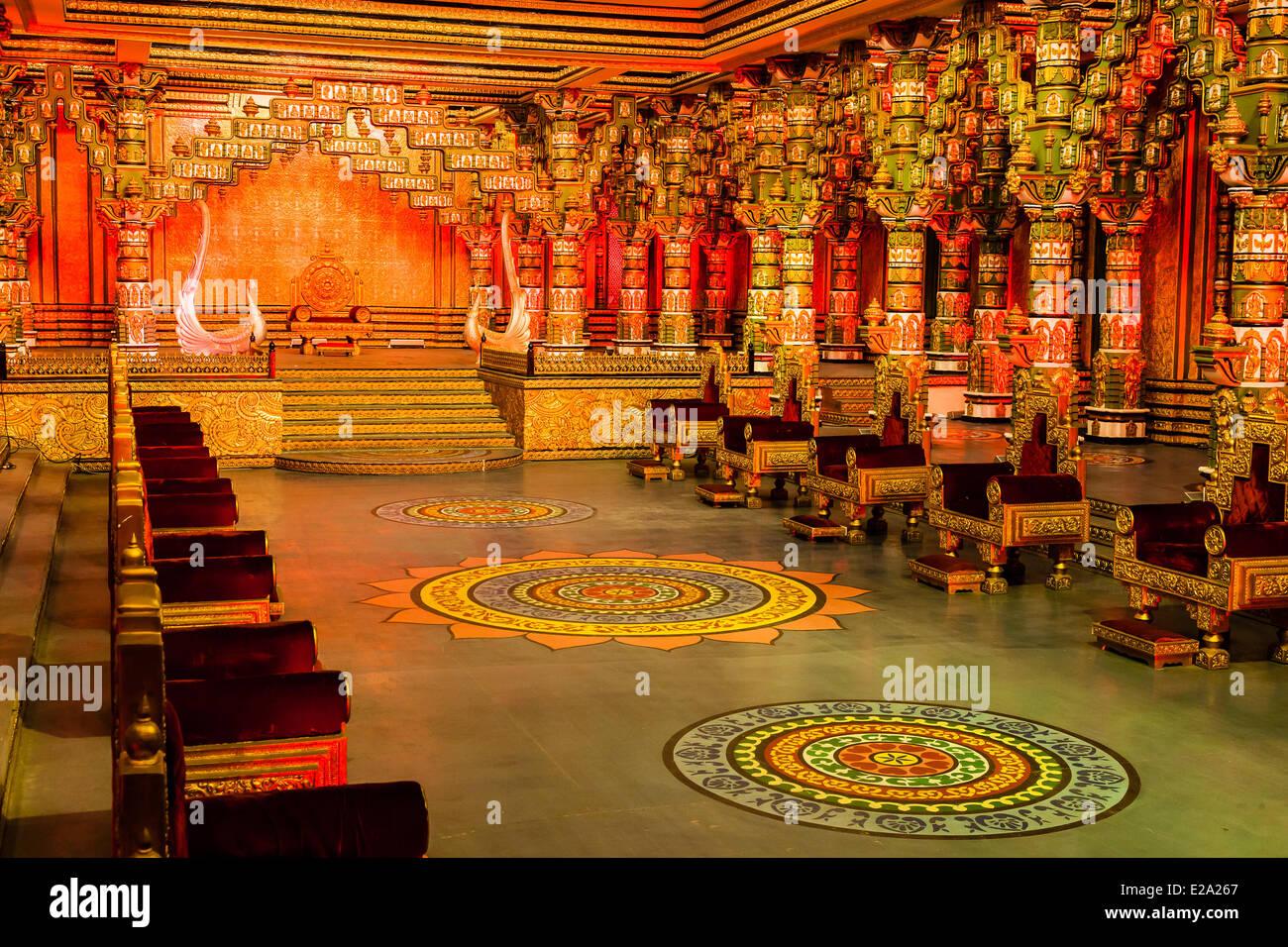 India Andhra Pradesh, Hyderabad, Ramoji film city, tollywood decor filmato Immagini Stock