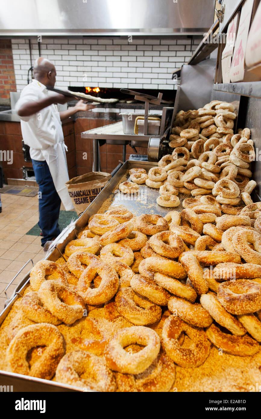 Canada, Provincia di Quebec, Montreal, Mile End, la pasticceria ebraica, Fairmount Bagel Immagini Stock
