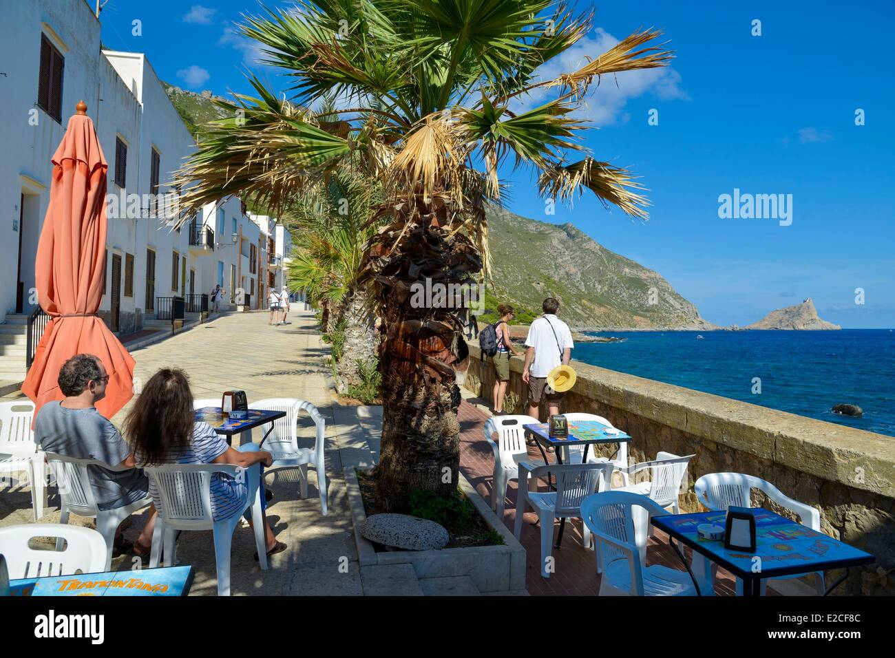 L\'Italia, sicilia, isole Egadi, isola di Marettimo, Via Campi ...