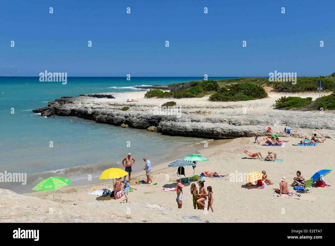 Italia puglia provincia di brindisi ostuni costa meriata - Immagini di spongebob e sabbia ...