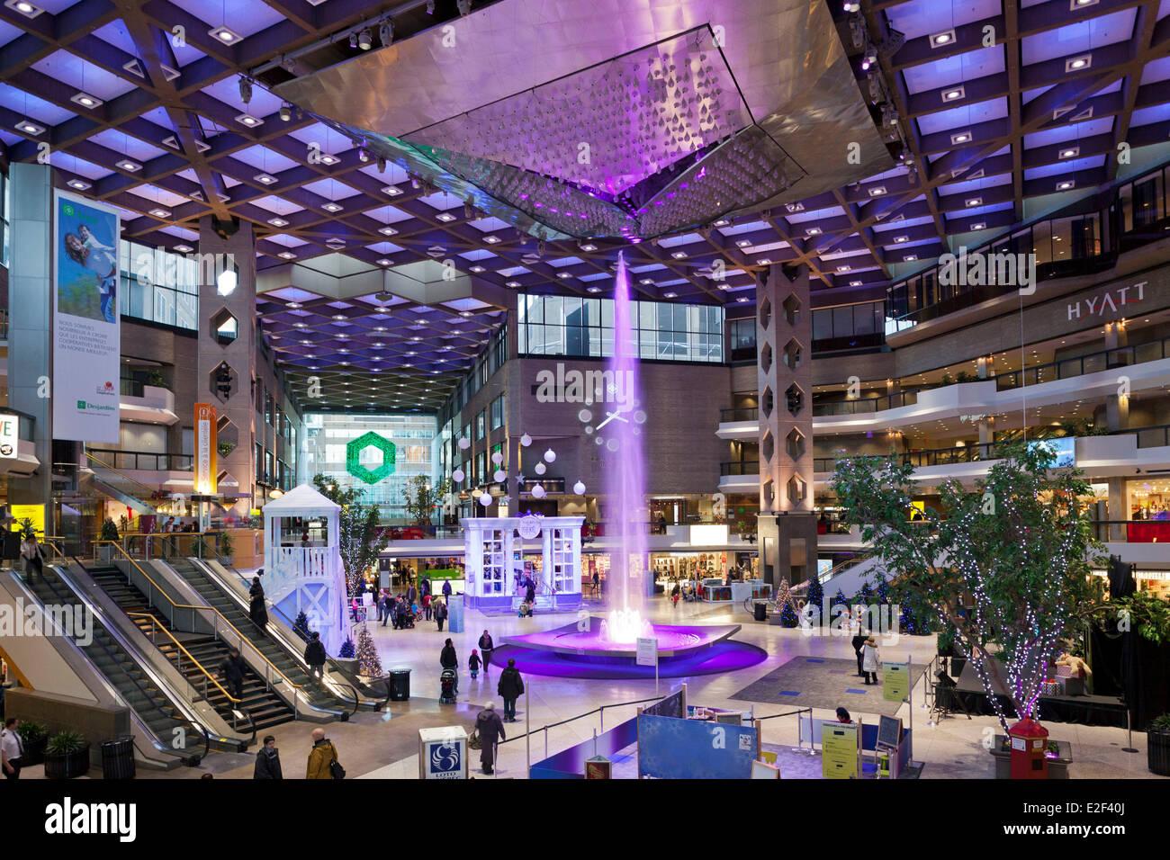 Canada, Provincia di Quebec, Montreal, la città sotterranea, il centro commerciale Complexe Desjardins Immagini Stock