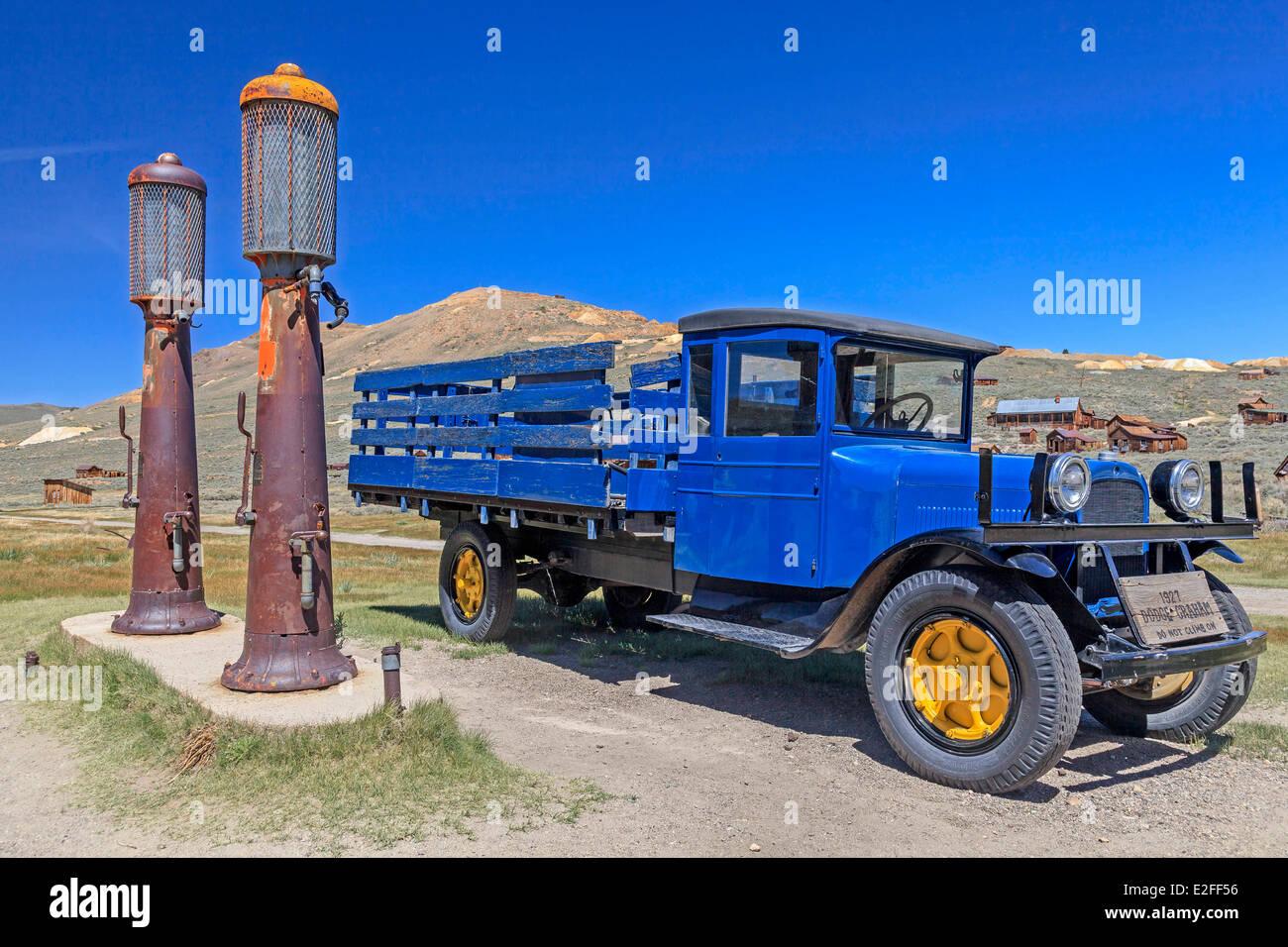 Stati Uniti California Bodie State Historic Park le miniere d'oro città fantasma di Bodie una pietra miliare Immagini Stock