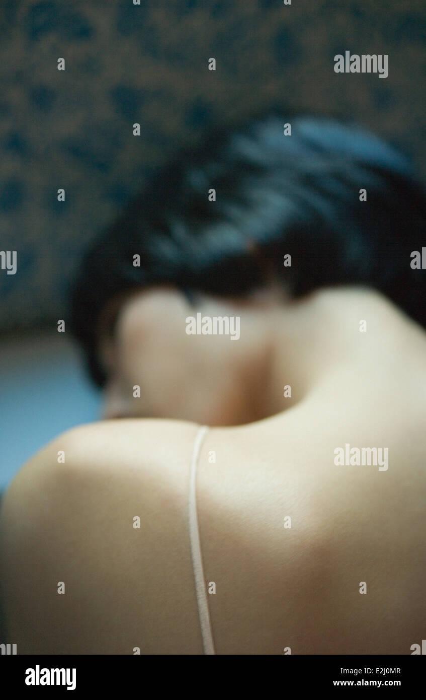 Close-up di donna spalla nuda Immagini Stock