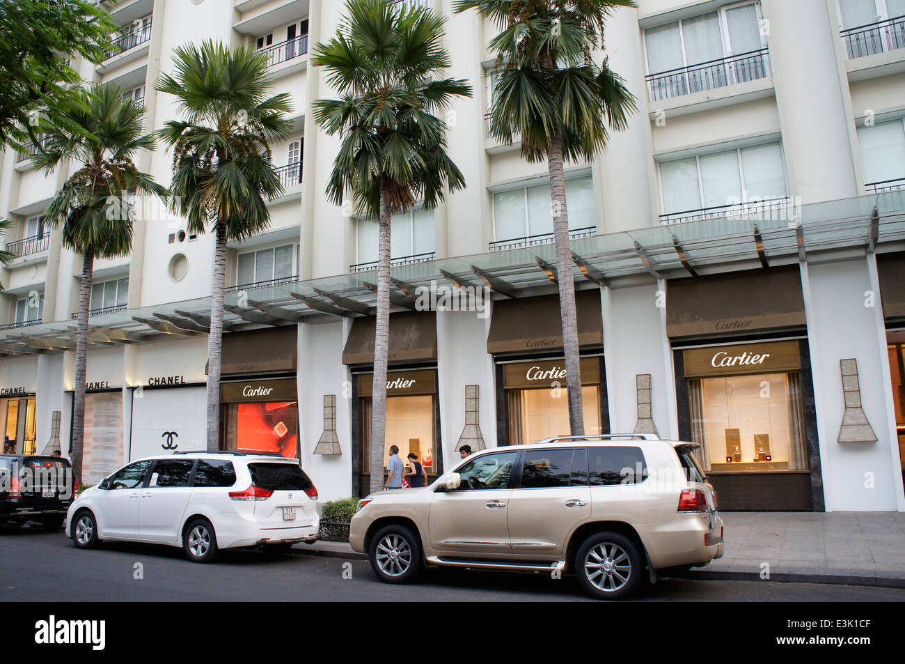 Famoso marchio francese nome negozi boutique la finestra di visualizzazione a Ho Chi Minh City, Vietnam Immagini Stock