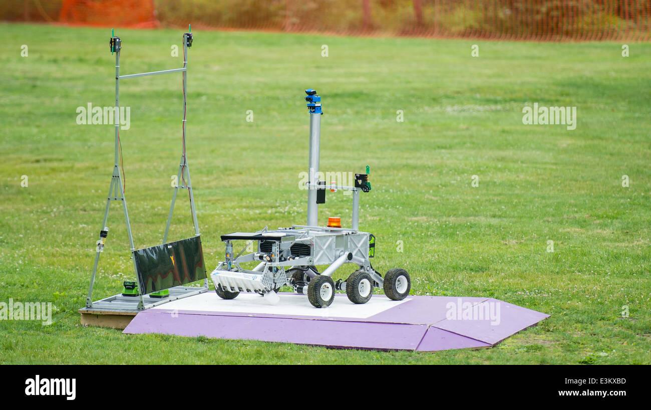 2014 La NASA Centennial sfida il campione di ritorno sfida Robot Immagini Stock