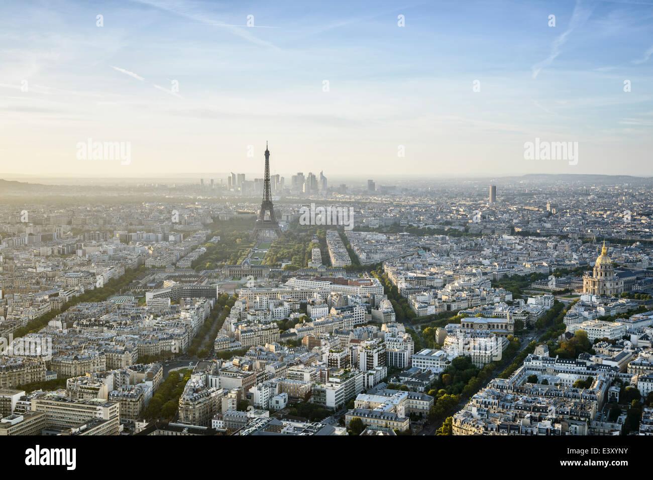 Vista aerea del paesaggio urbano di Parigi, Parigi, Ile de France, Francia Immagini Stock