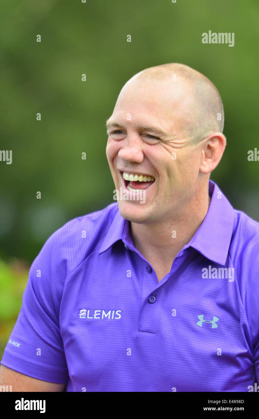 Campo da golf. La celebrità Cup.Celtic Manor Resort in Galles. Mike Tindall prendendo parte. ROBERT TIMONEY/ALAMYLIVE/NEWS Immagini Stock