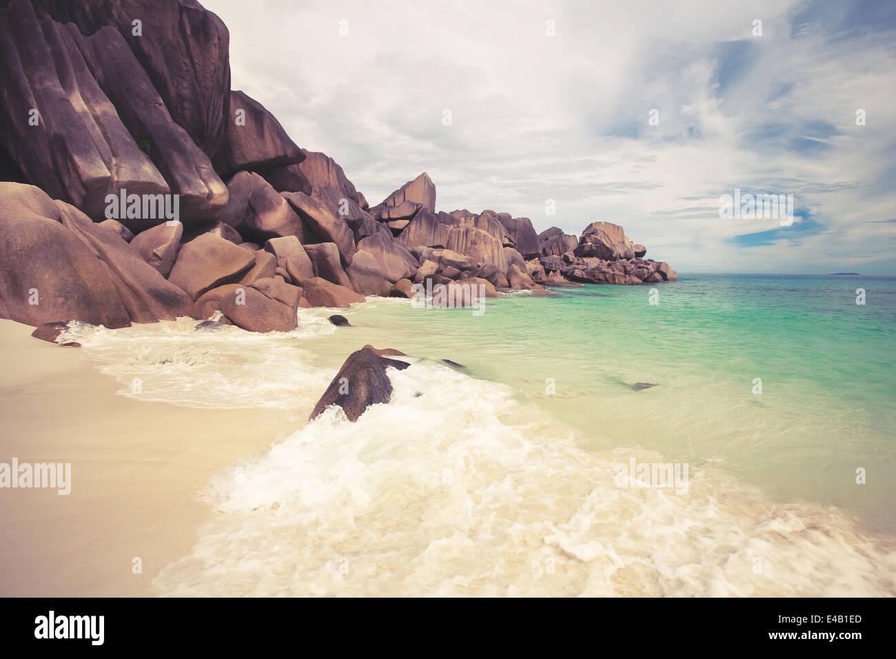 Una spiaggia da sogno con turquise acqua sulle Seychelles Immagini Stock