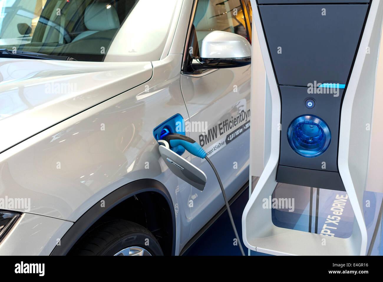 La BMW X5 concetto eDrive, attività sportiva VEICOLO (SAV) Immagini Stock
