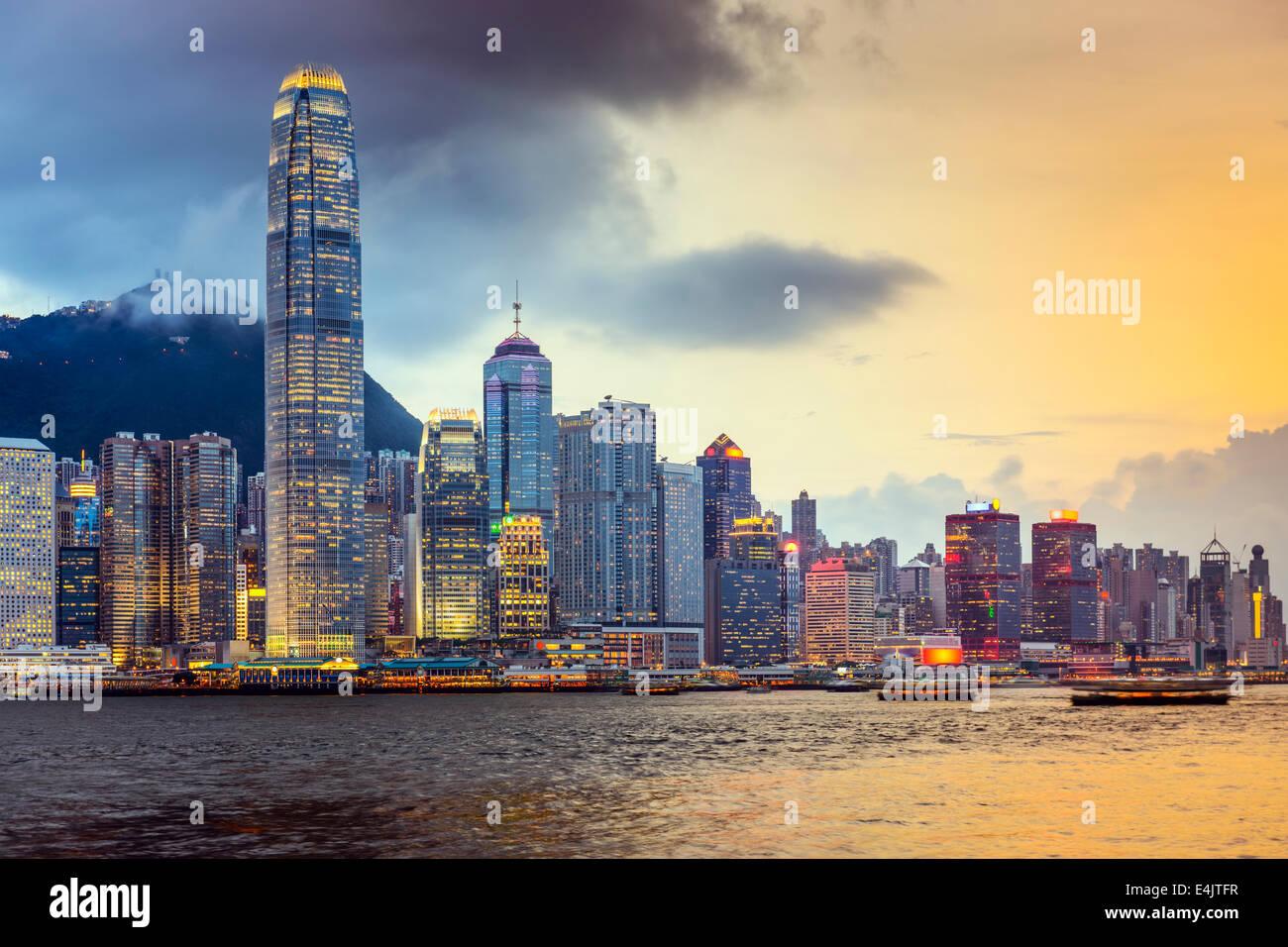 Hong Kong Cina skyline della città presso il Victoria Harbour. Immagini Stock