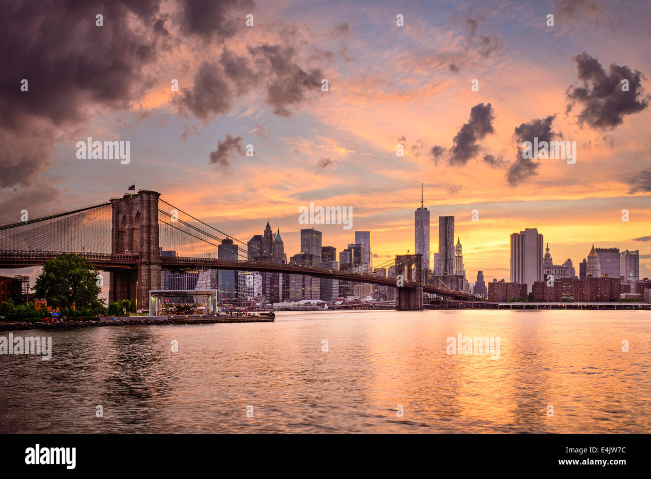 La città di New York, Stati Uniti d'America skyline al tramonto. Immagini Stock