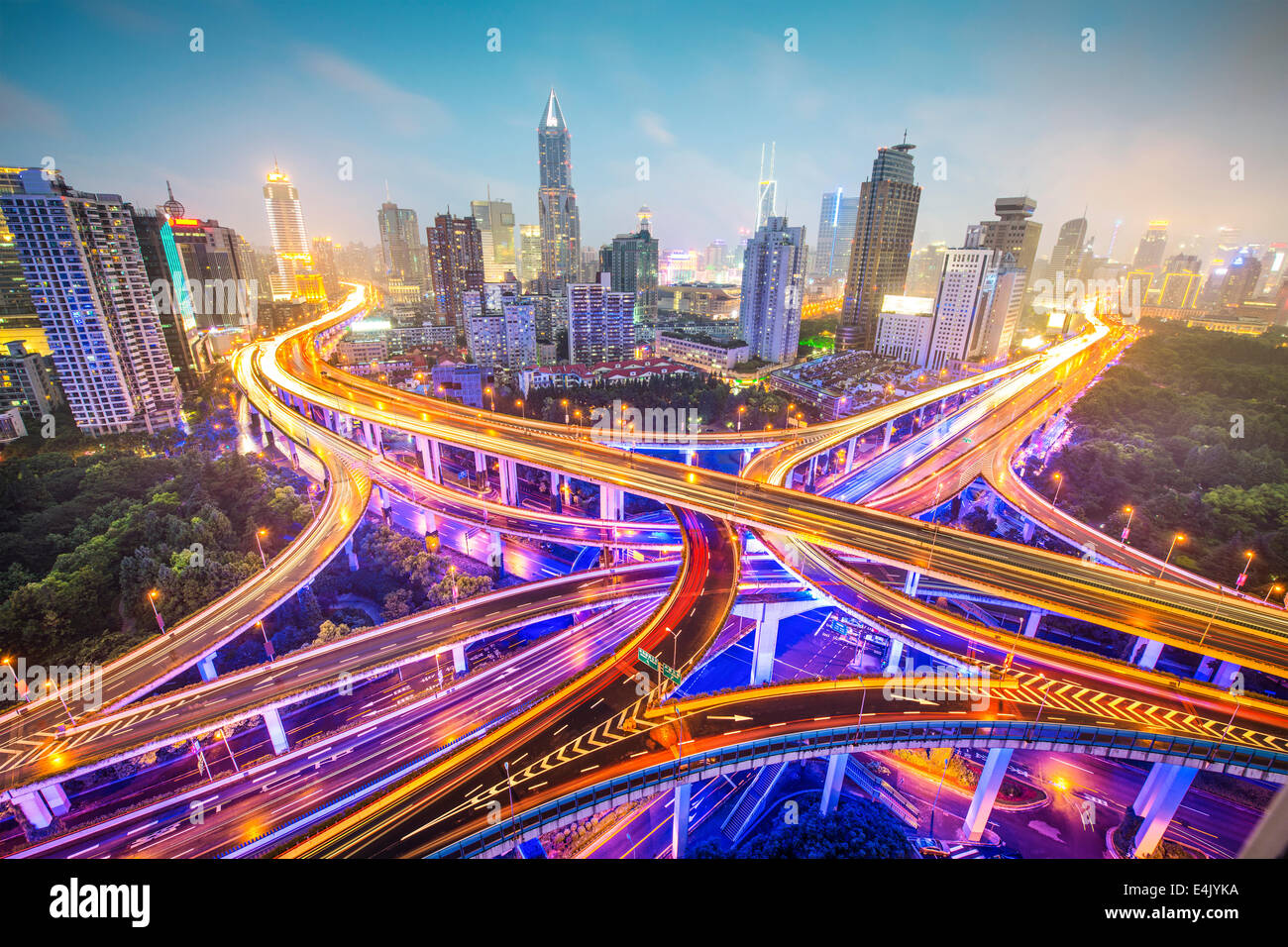 Shanghai, Cina vista aerea su autostrade. Foto Stock