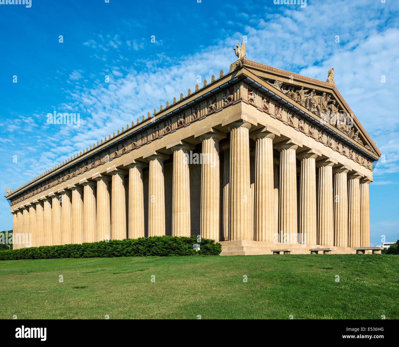 Il Partenone di replica a Centennial Park a Nashville, Tennessee, Stati Uniti d'America. Immagini Stock