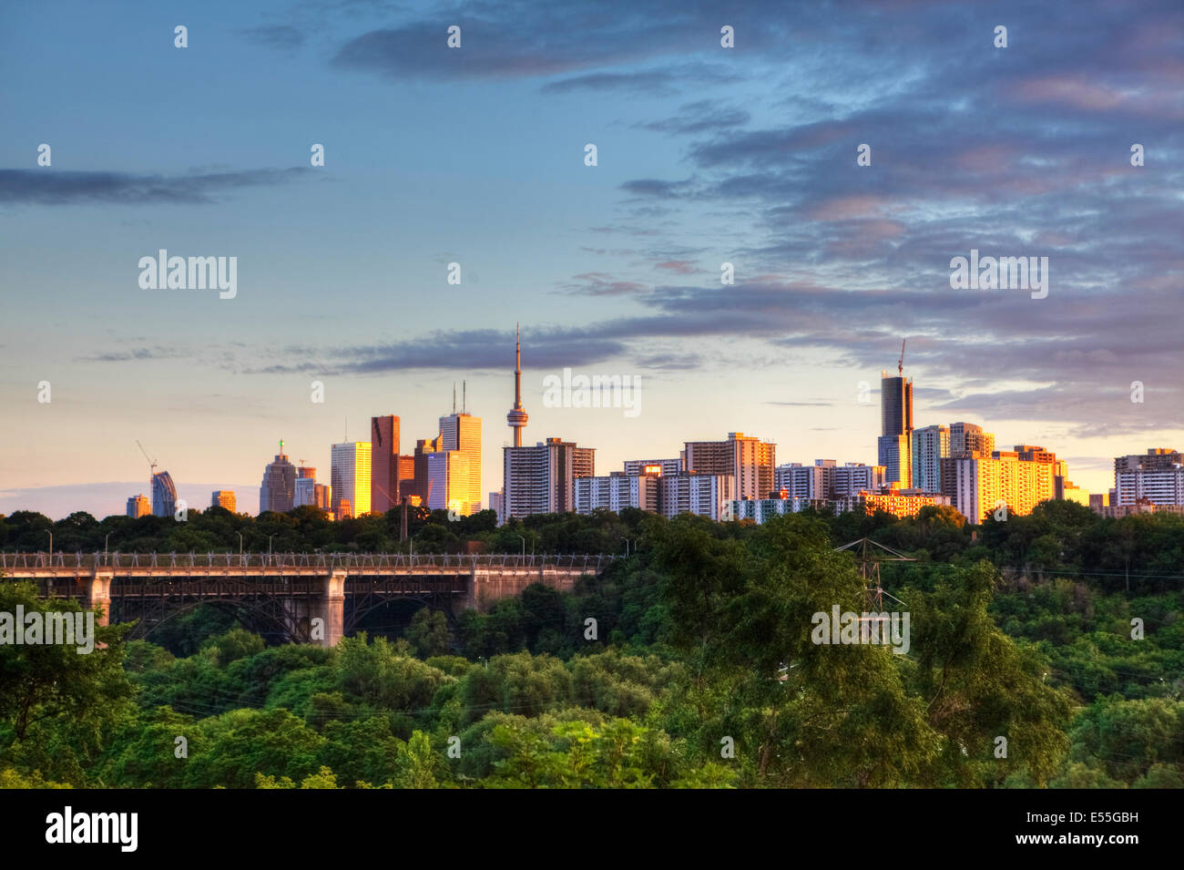 Toronto, Ontario, Canada, città al crepuscolo Immagini Stock