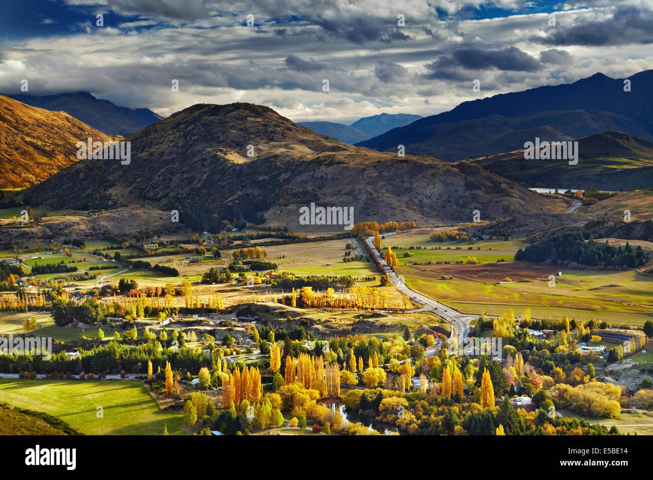 Paesaggio di montagna, vicino a Queenstown, Nuova Zelanda Immagini Stock