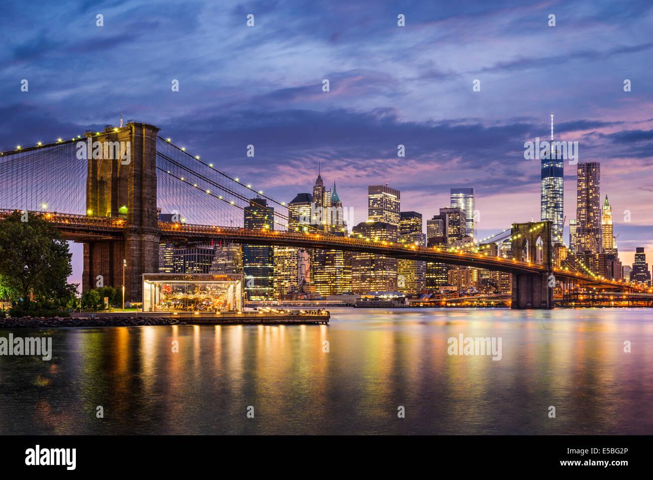 La città di New York, Stati Uniti d'America al crepuscolo. Immagini Stock