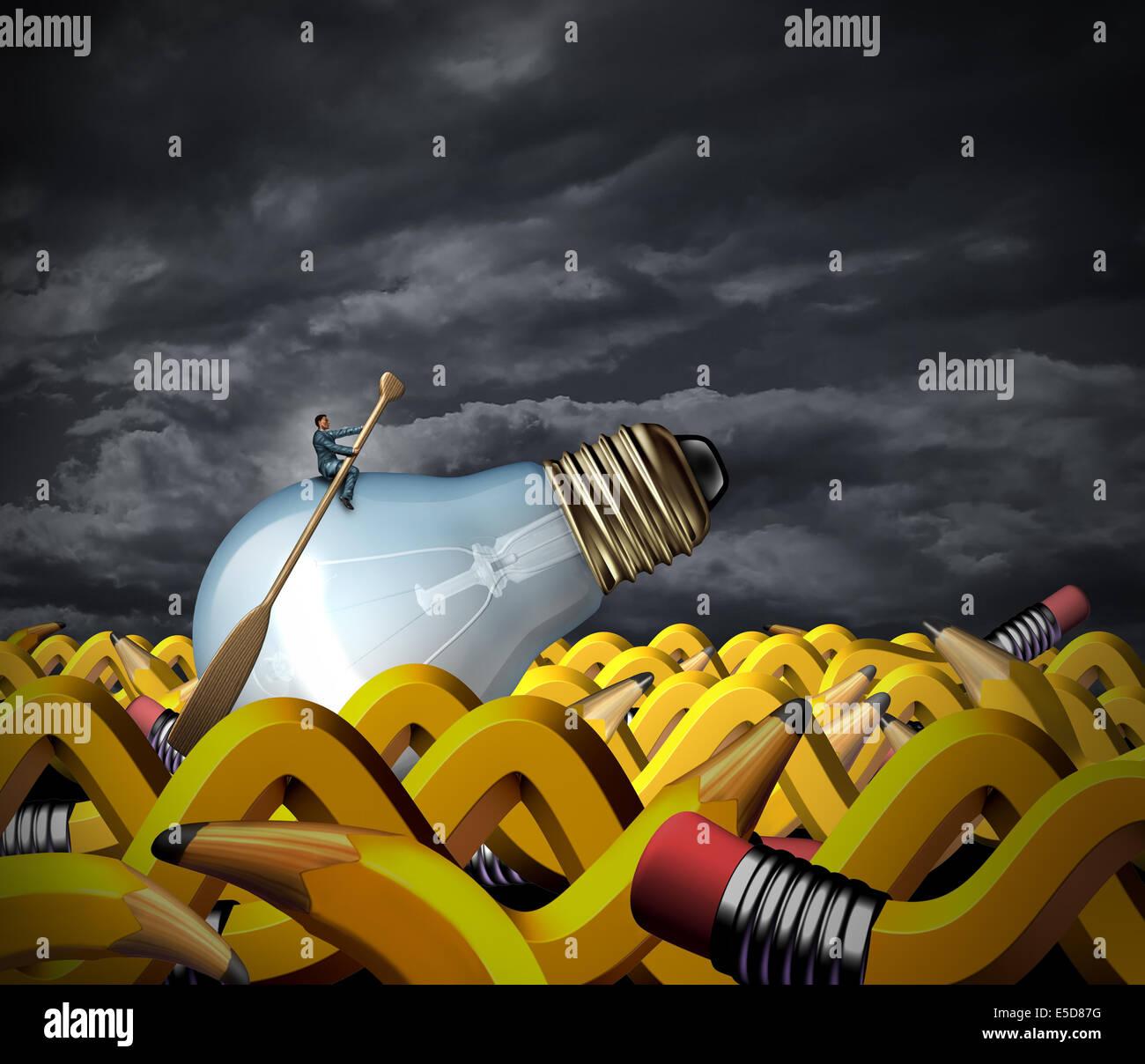 Creative problem solving e gestione aziendale concetto come imprenditore seduto su di una lampadina con una paletta Immagini Stock