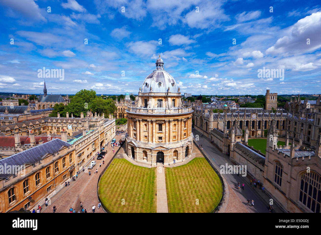 Radcliffe Camera, Oxford visto dalla Chiesa Universitaria Immagini Stock