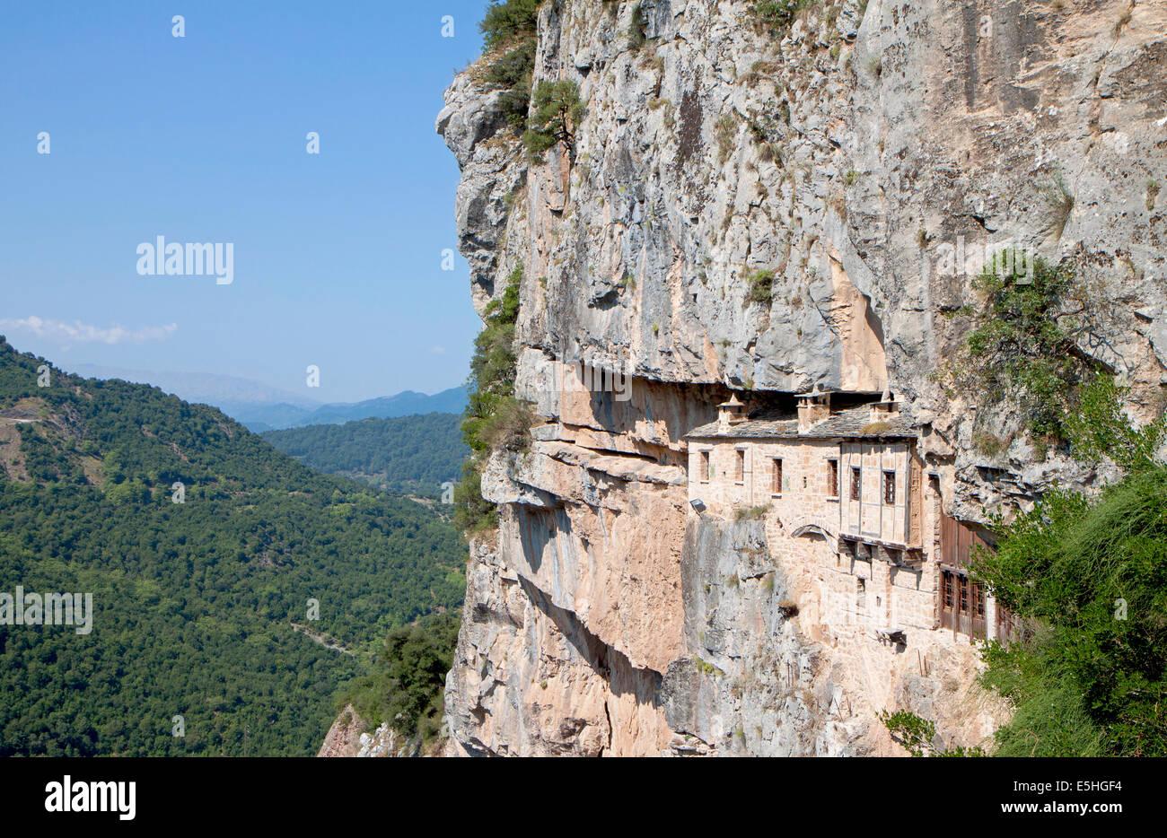 Monastero di Kipina in Epiro montagne, area Tzoumerka, in Grecia Immagini Stock