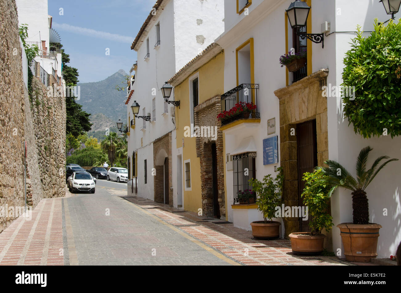 Salinas street della Città Vecchia (Casco Antiguo) Marbella in Spagna. Immagini Stock